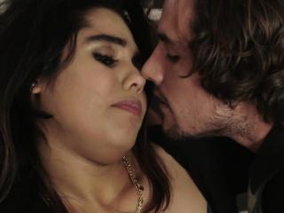 Leila Severine Gives Blowjob and Boned Hard