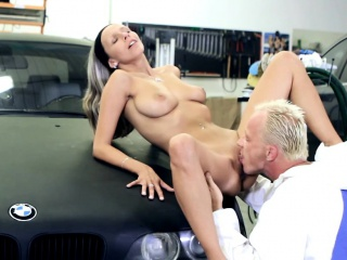 Babe receives her taut shaved beaver stretched by chap