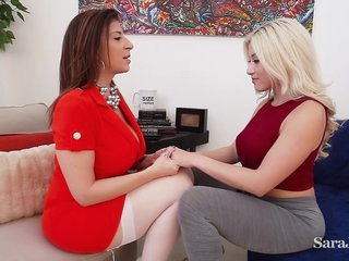 Hypnotherapist Jara Jay uses her patient Cristi Ann