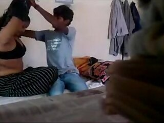 DESI BHABHI ENJOYING WITH YOUNG DEVAR - HornySlutCams.com